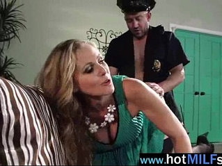 Big cock for sex on tape with horny mature lady julia ann movie