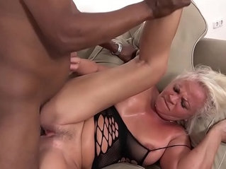 Mature sexual anal screaming wants that big cock in ass pussy fucked deep cum swallow