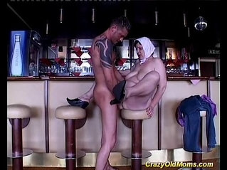 Crazy old mom hard anal fucked sex