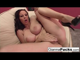 Brunette lesbian babe Gianna Michaels plays with her wet pussy