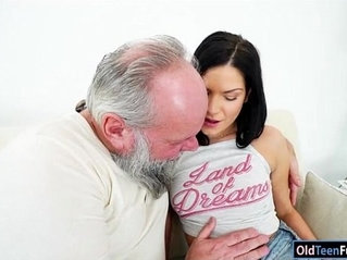 Euro Annie Wolf enjoys being licked by a grandpa n suck big cock