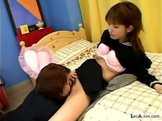 Schoolgirl Getting Her Hairy Pussy With Doubledildo On The Bed In